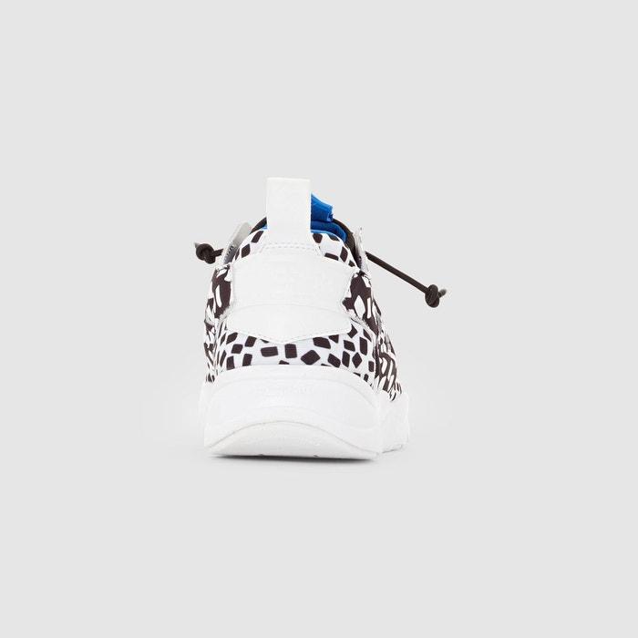 Baskets v69634 noir/imprimé Reebok