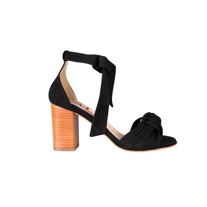 Sandales cuir talon carré bride cheville détail noeud