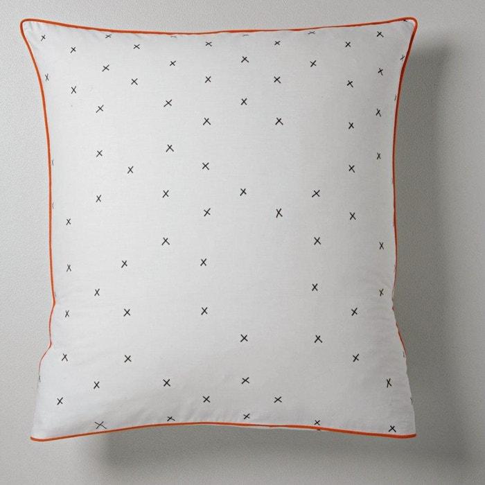taies d 39 oreiller crux par sam baron imprim noir fond blanc sam baron la redoute. Black Bedroom Furniture Sets. Home Design Ideas