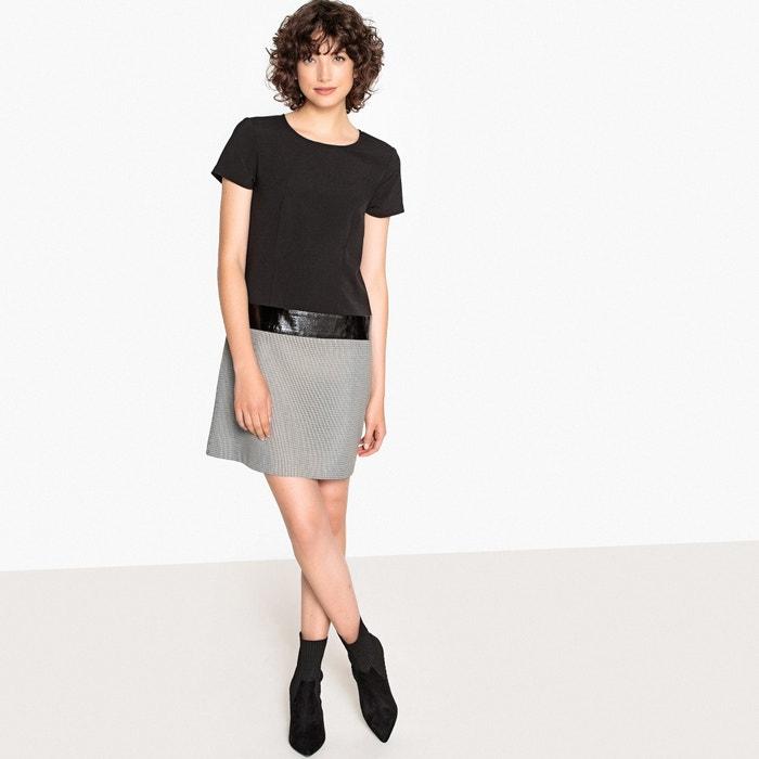 Платье короткое прямое в клетку с короткими рукавами