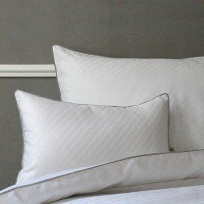taie de coussin humphrey b blanc liou la redoute. Black Bedroom Furniture Sets. Home Design Ideas