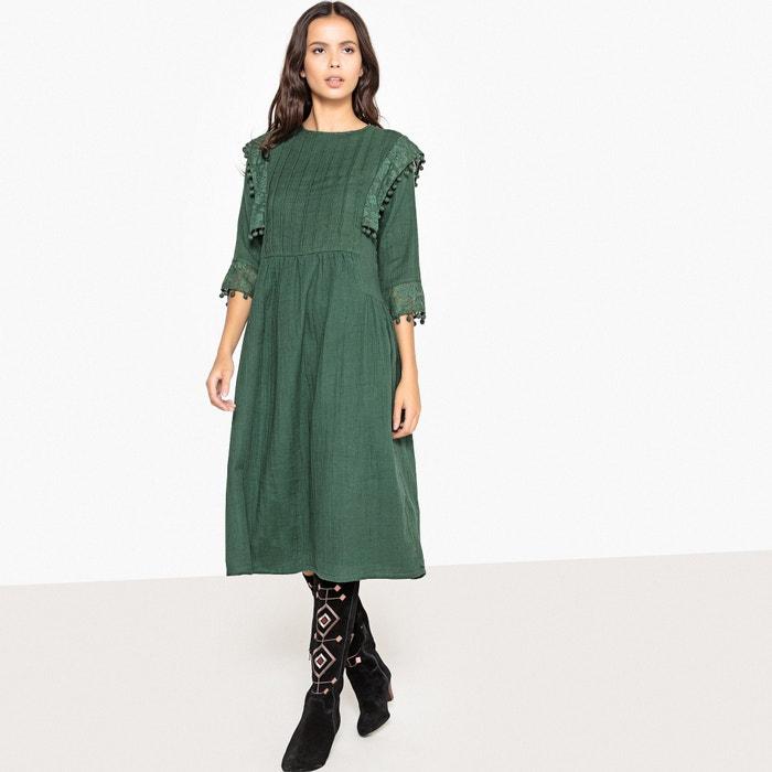 Платье-миди в стиле фолк со складками и помпонами