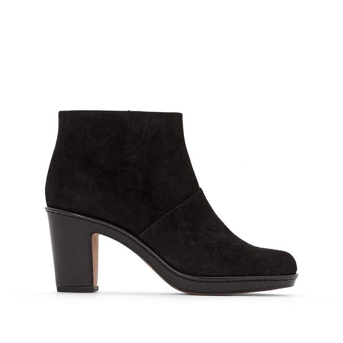Image Boots cuir suede Dulcie Sue CLARKS