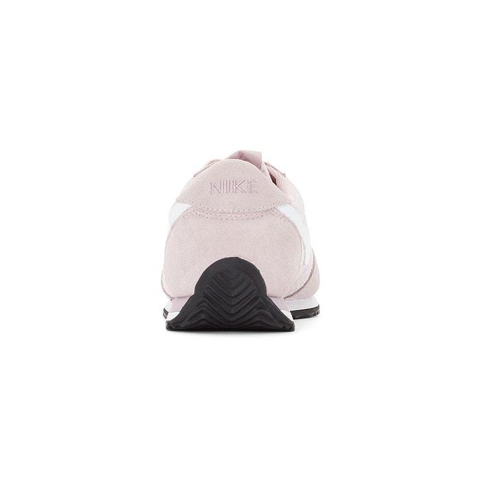 Baskets oceania textile rose Nike