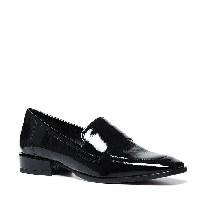Loafers en cuir verni noir Sacha