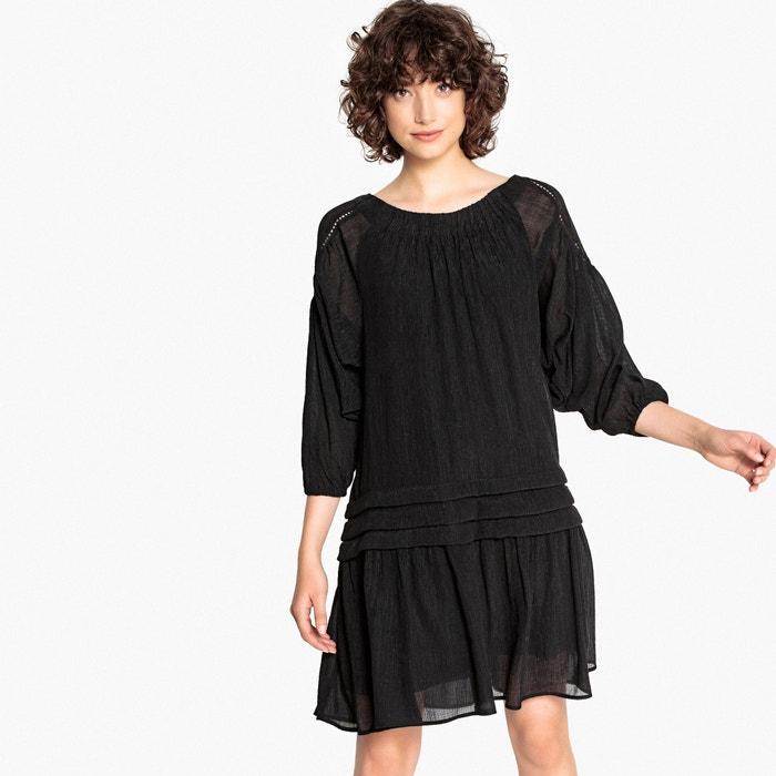 Платье расклешенное со складками и широкими рукавами