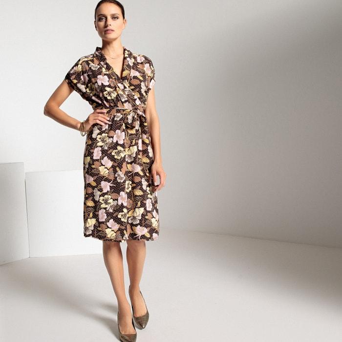 Платье с запахом с цветочным рисунком средней длины