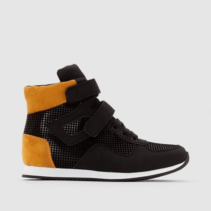 Imagen de Zapatillas de caña alta, con tiras autoadherentes abcd'R