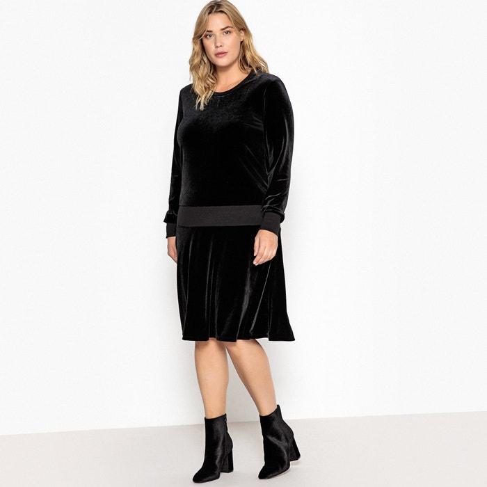 Платье прямое средней длины с длинными рукавами из велюра