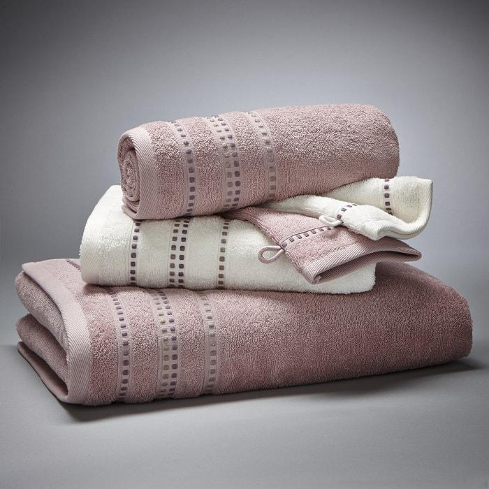 Купить Комплект с каймой из вискозной нити:- 1 однотонное банное полотенце размером 70 x 130 см;- 2 стандартных полотенца (1 белое и цветное) 50 90 банные рукавички белая цветная) 15 21 см.Махровая ткань 100% хлопка, 420 г/м².Материал долго сохраняет мягкость прочность. Превосходная стойкость цвета при стирке 60°.Машинная сушка. > <meta name= twitter:image content= https://cdn.laredoute.com/products/641by641/e/7/1/e71a1233bb0f97dcadd7d0fe67b8ec30.jpg > <me