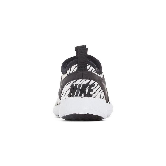 Baskets juvenate se noir/blanc Nike
