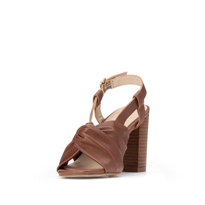 Sandales en cuir, brides croisées