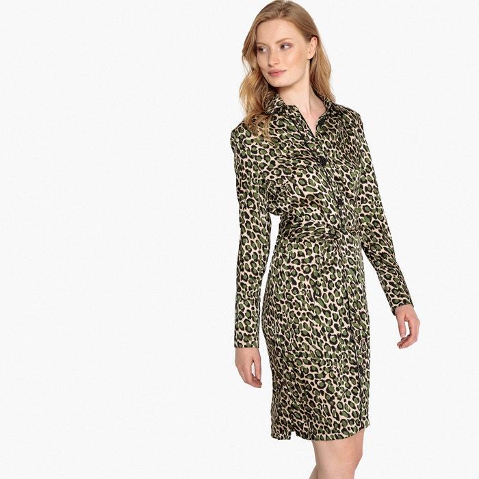 d3d97711ad7f Vestido camisero con estampado leopardo y cinturón estampado de ...