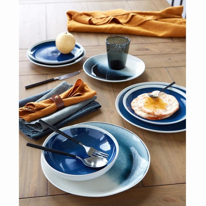 Vaisselle bleue et classic blue
