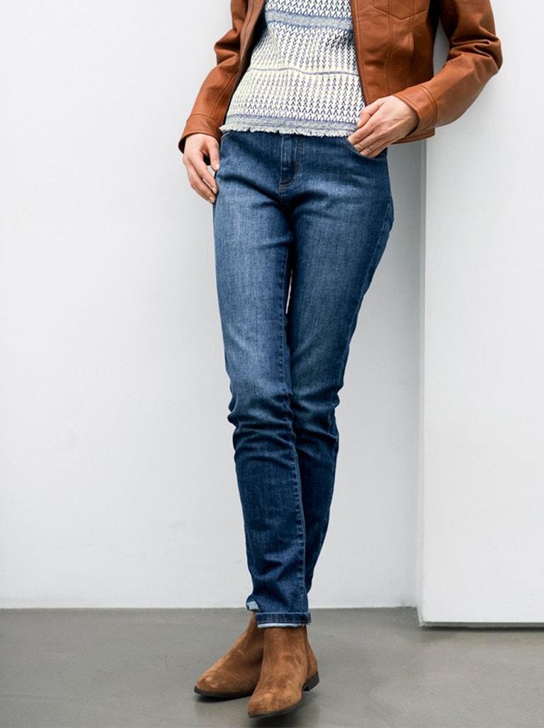 Slim-fit Jeans Image